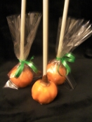 Delicious pumpkin cake inside these cake pops.