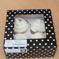 A small treat for the bride and groom to taste-test and choose their design.