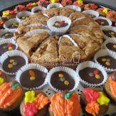 Spice cake mini cupcakes, chocolate cheesecake cups, apple cake